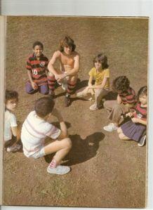 Revista Zico - Página 27 - com 13 anos ao lado do Zico
